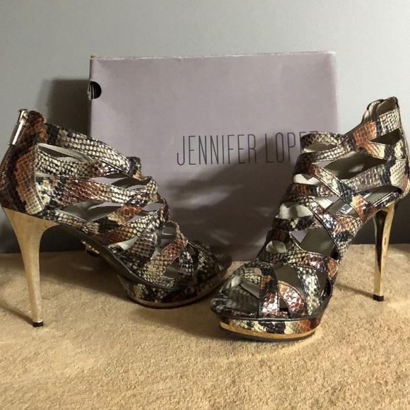 1503ef2c4f4a Jennifer Lopez Snake Skin Shoes